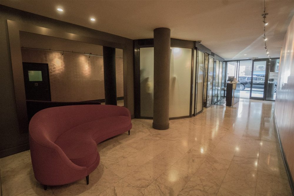 j-lobby 2